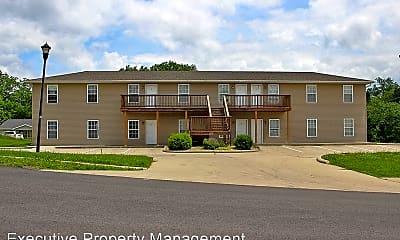 Building, 906 N Frederick St, 1