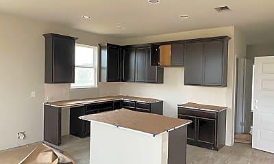 Kitchen, 106 Crooked Trail, 1