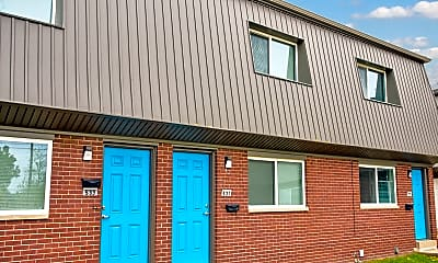 Building, Metro Apartments at Wood River, 0