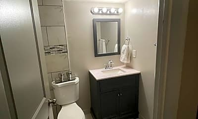 Bathroom, 8717 Watson Rd, 2