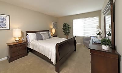 Bedroom, Center Pointe Apartments, 0