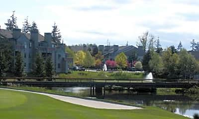 On the Green at Harbour Pointe, 1