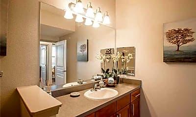 Bathroom, 8813 W Eldorado Pkwy, 2