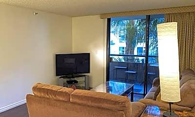Living Room, 600 W 9th St 503, 1