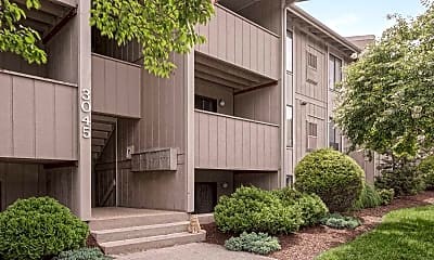 Building, WestWind Apartments, 0