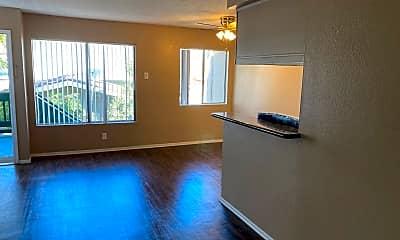Living Room, 415 E Pine St, 2