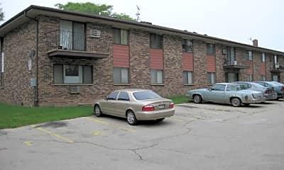 Building, 10500 W Fond Du Lac Ave, 2