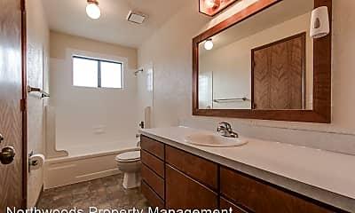 Bathroom, 2803 Applewood Ln, 2