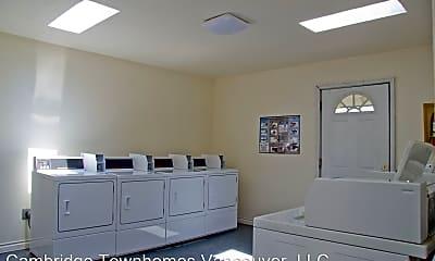 Bathroom, 717 NE 82nd Ave, 2