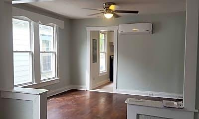 Living Room, 3311 Kansas Ave, 1