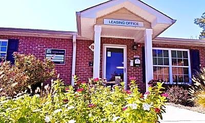 Leasing Office, Cedar Trace, 1