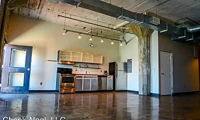 Living Room, 201 Hull St, 1