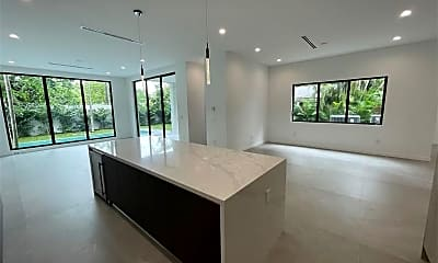 Living Room, 3741 Kumquat Ave, 0