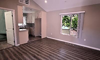 Living Room, 1364 Raymond Ave, 1