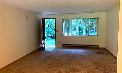 Living Room, 2094 NE Stapleton Ln, 1