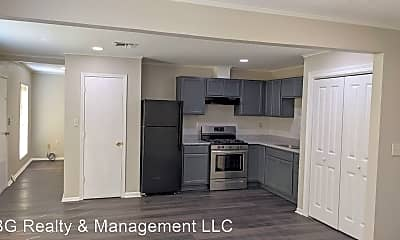 Kitchen, 104 Town Homes Dr, 1