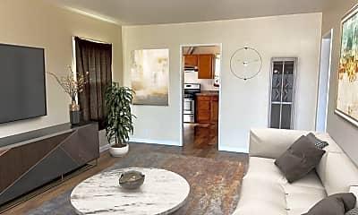 Living Room, 1521 Saviers Rd, 0
