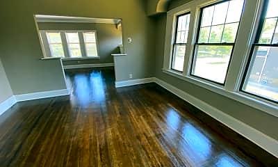 Living Room, 3536 Hildana Rd, 2