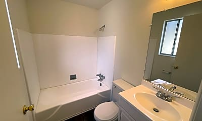 Bathroom, 133 N Center St, 2