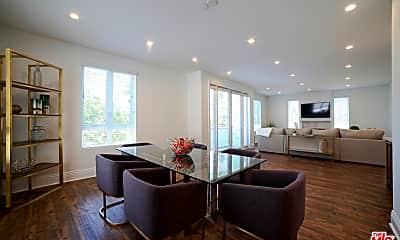 Living Room, 907 S Shenandoah St 301, 0