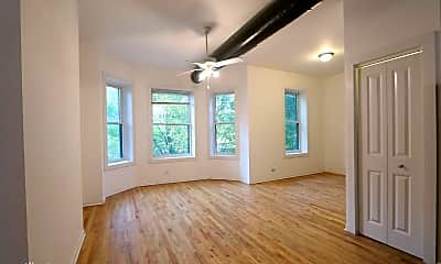 Living Room, 1333 W Taylor St, 1
