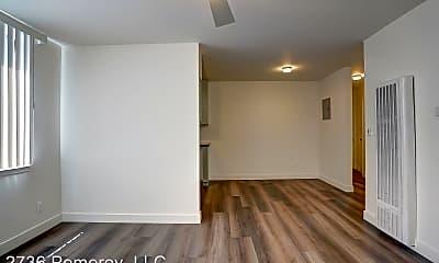 Building, 2736 Pomeroy Ave, 1