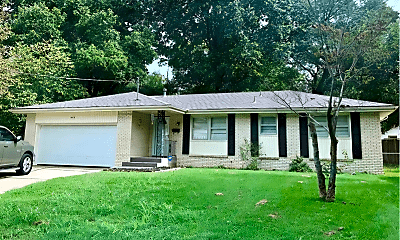 Building, 432 S Forest Ct, 1