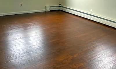Living Room, 24 Greenwood Ave 2, 1