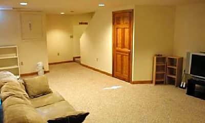 Bedroom, 16 Beth Cir, 1