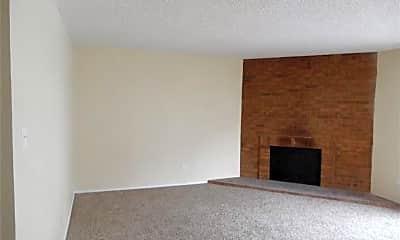 Living Room, 3337 S Monaco Pkwy, 0