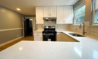Kitchen, 152 Fayette St 1R, 1