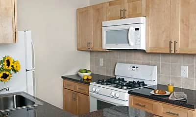 Kitchen, 415 Solly Ave, 1