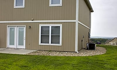 Building, 213 Kelly Ln, 1
