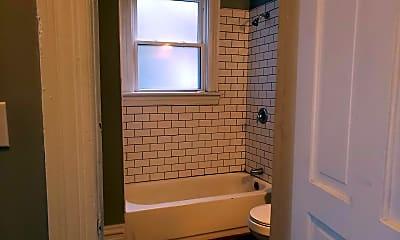 Bathroom, 822 Spring Garden Ave, 2