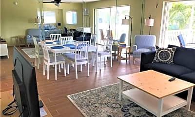 Dining Room, 2850 NE 30th St, 0