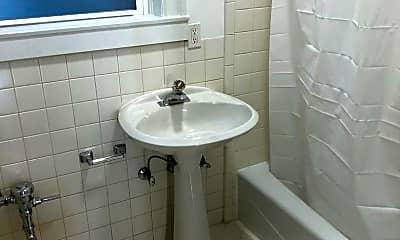 Bathroom, 3124 Octavia St, 2