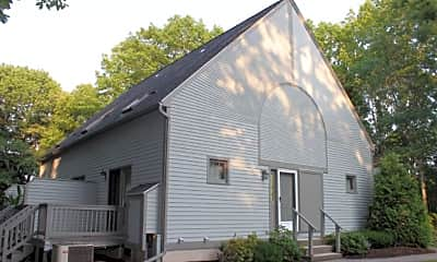 Building, 27 Glengarry Dr, 1