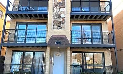 Building, 3940 N Narragansett Ave 3N, 0