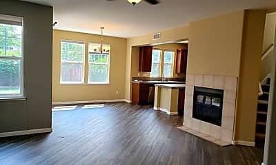 Living Room, 7059 Sacred Cir, 1