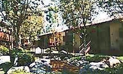 Stone Creek Apartments, 1