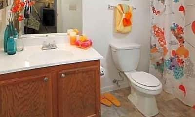 Bathroom, Galbraith Pointe Apartments, 2