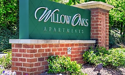 Building, Willow Oaks, 2