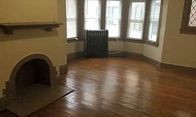 Living Room, 3073 N Sherman Blvd, 1
