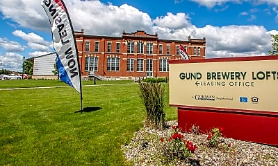 Community Signage, Gund Brewery Lofts Apartments, 2