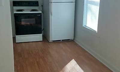 Kitchen, 1710 SW McKinley Ave, 2