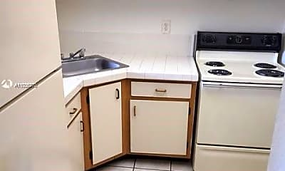 Kitchen, 801 NW 47th Ave 308W, 1