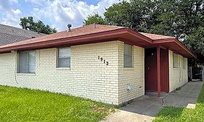Building, 2405 Broadmoor Dr, 1