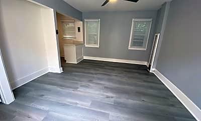 Bedroom, 963 E 5th St, 1