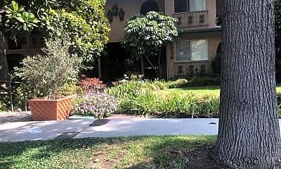 Casa Del Rey Apartments, 1