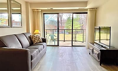 Living Room, 2100 Lee Hwy 218, 0